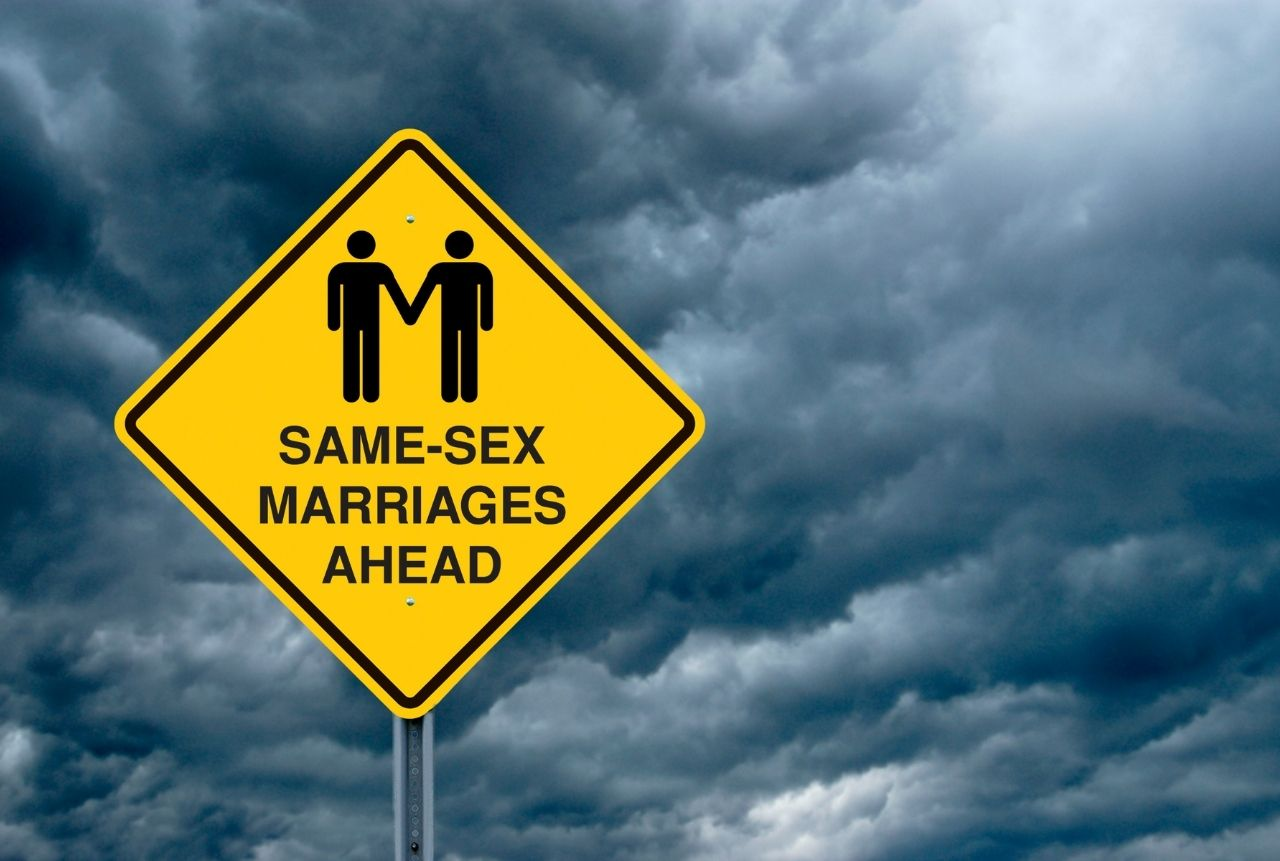 Same Sex Marriages Legalization in Canada